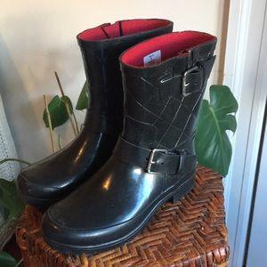 Sperry Black Pattern Rain Boots